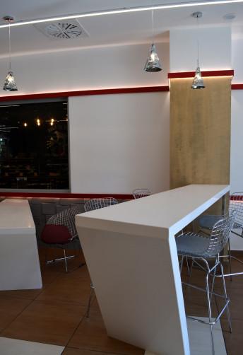 terminal-caffe-04w